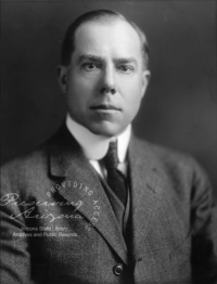 Portrait of Mulford Winsor