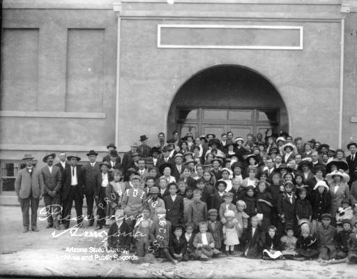 Group of people in Casa Grande, circa 1910